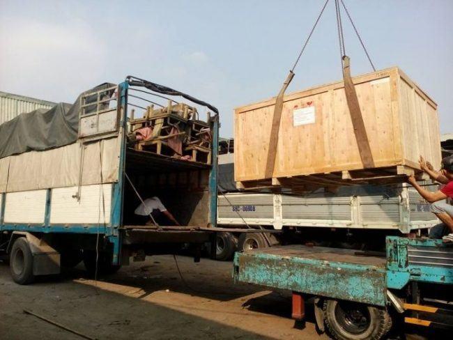 đội xe chuyển hàng KCN Phố Nối