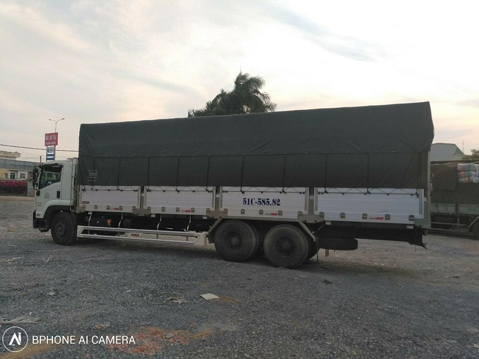 Đội xe vận chuyển hàng hóa Sài Gòn Hà Nội